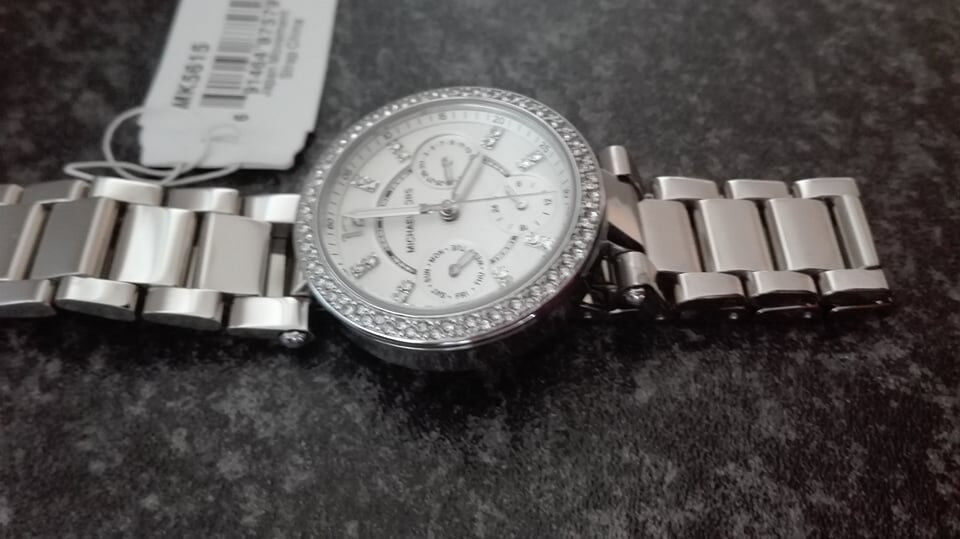 81e9d54fe0da Michael Kors Ladies Mini Parker Silver Watch MK5615 - Stainless Steel.  Brand NEW and GENUINE.