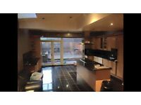 Double room available in a stunning house in Archway, no agency fees, all bills included