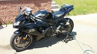 2009 Suzuki GSX-R GSXR 750 black. 1 owner, never dropped