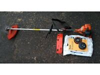 Tanaka 2400 strimmer in good working order