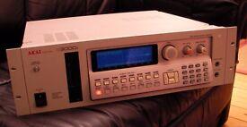Akai s3000i Digital Sampler 16-bit sound, like MPC, not Roland, Emu, Yamaha Dance Techno EDM