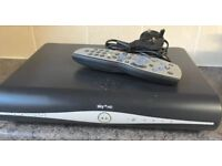 SKY + Plus HD Slimline BOX Amstrad wireless DRX890W 3D READY 500GB Satellite receiver with remote