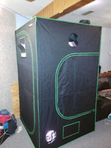 (NEW) 4x4 No Smell Grow Tent & Professional LED