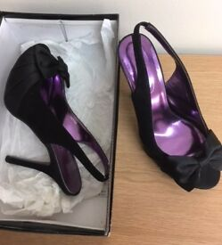 SCHUH Black Suede/Satin Peep Toe Bow High Heel Slingback Shoes Size 6