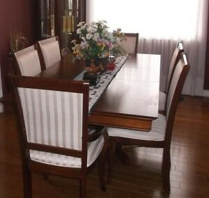 Moving overseas for sale, high quality Furniture
