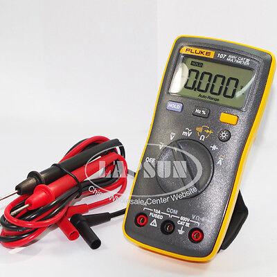 Fluke 107 Digital Voltage Resistance Capacitance Multimeter Acdc Volts Meter