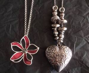 2 Silver plated Necklaces, 1 Heart, 1 Purple & Silver Flower Ferryden Park Port Adelaide Area Preview