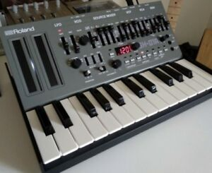 Roland Boutique SH 01A - mint condition - with or without K25