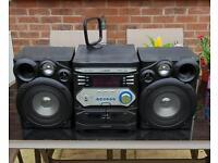 Logik 3cd, 2cassett, USB, Radio tuner Music centre.