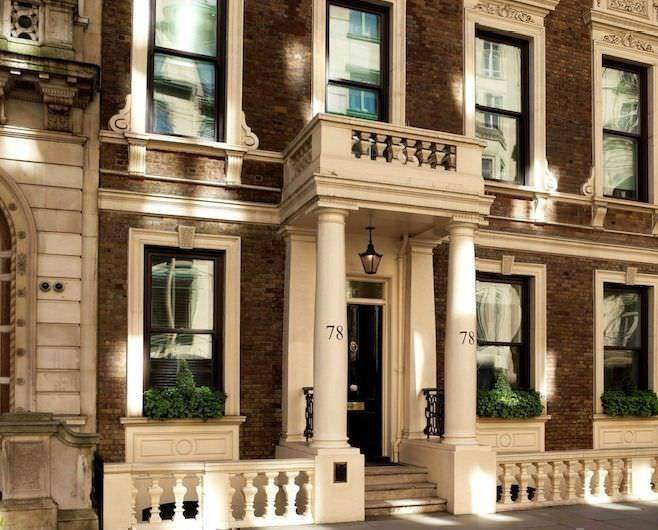 2 Person Office Space In Pall Mall London SW1Y | £900 p/w | Premium Serviced Offices