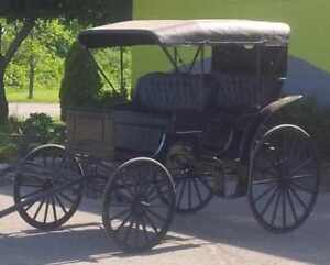 Surrey carriage with pole Like New, Navy with full canopy