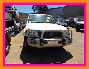 Wrecking 2004 Landcruiser 100series Sahara  parts from $5 | A1437 Revesby Bankstown Area Preview