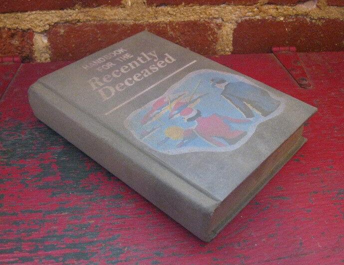 BEETLEJUICE HANDBOOK FOR THE RECENTLY DECEASED PROP 1:1 movie book replica