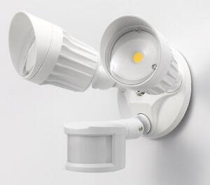 Projecteur de sécurité DEL/LED security floodlight
