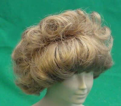 lady doll wig Blonde 12-13 bangs frrame face all around -short curls in back
