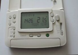 Honeywell CM907 Central Heating Programmable Controls