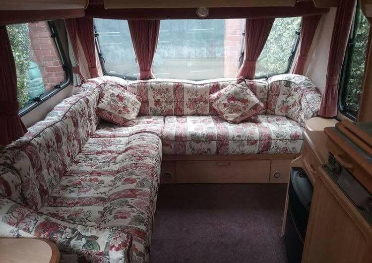e6c9a25da5bc9a Abbey Vogue Gts 217 2000 model caravan