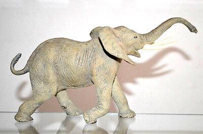 Originaler Elastolin Pfeiffer alter Masse Elefantenbulle in Angriffsstellung 254
