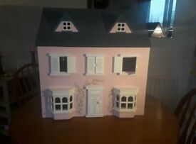 Dolls House in excellent condition