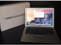 "Macbook Air 13"" 2015 i5/ 1.6Ghz/ 8GB RAM/ 256GB SSD !!HARDLY USED NEED GONE!!"