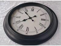 Large wall clock 58cm