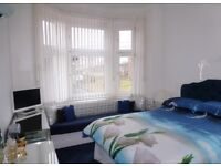 G208ND One Bedroom to Rent in West End Near Glasgow Uni Directly from Landlord No Agent Fee