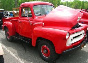 1956 International Harvester (IH) 120 series p/u
