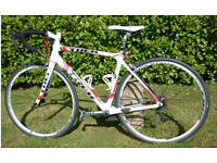 Trek 4.7 Madone road bike, carbon throughout