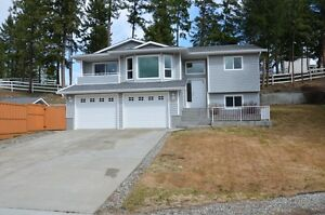 6207 Thompson Place, Peachland