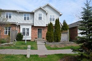 Beautiful home in Ancaster Meadowlands