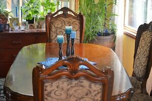 """Beautiful 11'5"""" Dining Table with 6 Chairs and 1 Captain Chair"""