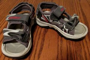 "boy's ""Superfit"" sandals"