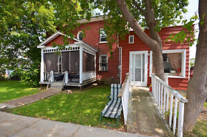 WATERFRONT DUPLEX! LIVE-IN A BIG HOUSE AND RENT A SEPARATE UNIT!