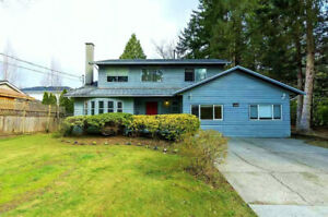 WhiteRock Duplex Style 2 bed 1.5 bath Near Beach, HWY, Schools