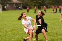 Female Ultimate Frisbee Players Needed!