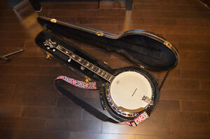 Fender FB-58 / 5 string banjo w/ hard shell case, stand & strap.