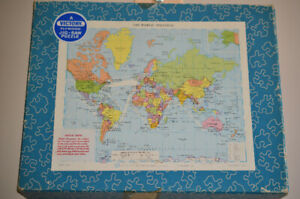 600 PIECE PLYWOOD VINTAGE PUZZLE, MADE IN ENGLAND.