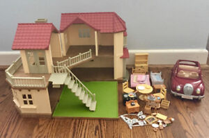 Calico Critters Luxury Townhome, Cherry Cruiser and Accessories