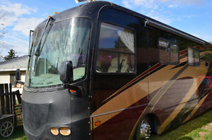 COACHMEN CROSSCOUNTRY ELITE DIESEL PUSHER