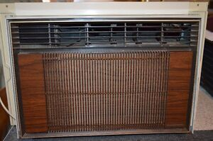 Window Air Conditioner REAL COLD !!!!!...NEW PRICE