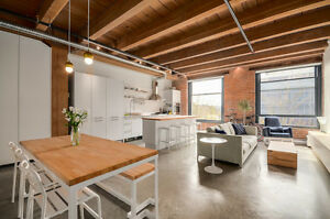 NY style 1 bedroom, fully renovated and custom furnished,Gastown