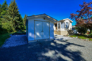 Charming well kept mobile home in quiet park ~ MLS 412602