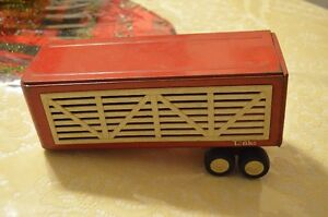 Reduced 1960s Tonka Cattle Trailer Hauler as is $12 in Riverbend