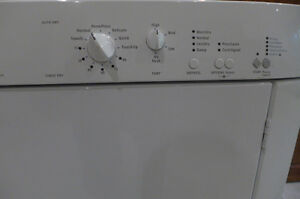 Frigidaire Dryer for Parts or Repair West Island Greater Montréal image 3