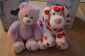 2 RETIRED BUILD-A-BEARS IN GREAT CONDITION