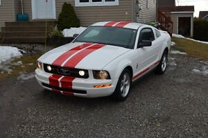 2007 Ford Mustang Pony Pakage Coupé (2 portes)