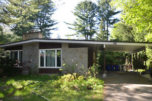 Sept 1,Beautiful home!,20min/Algonq/Carleton U,Parking,See VIDEO