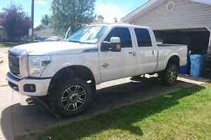 """Ford superduty 20"""" rims and tires"""