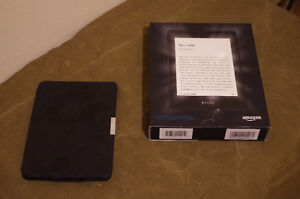 Kindle Paperwhite Ebook reader + Leather Cover