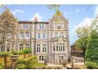 3 bedroom flat in Downleaze, Sneyd Park, Bristol, BS9 1LT